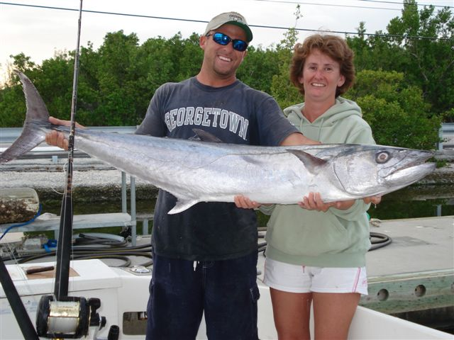 King mackerel fishing key largorodeo charters for Key largo fishing report